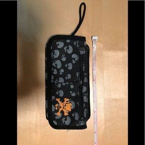 Handbags - Small Black Skull Punk Multi-Pocket Wristlet Bag